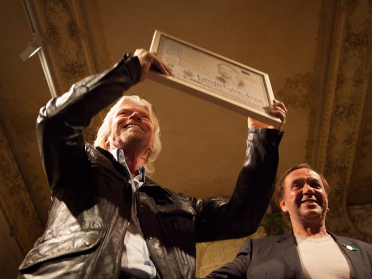 Richard Branson receiving the award