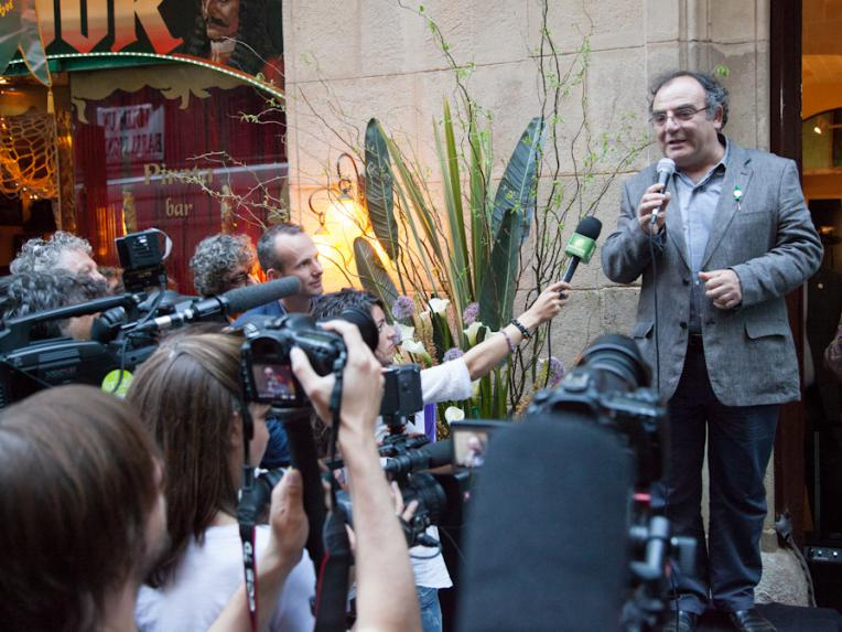 Anthropologist Josep Maria Fericgla opening the Hash Marihuana Cáñamo and Hemp Museum